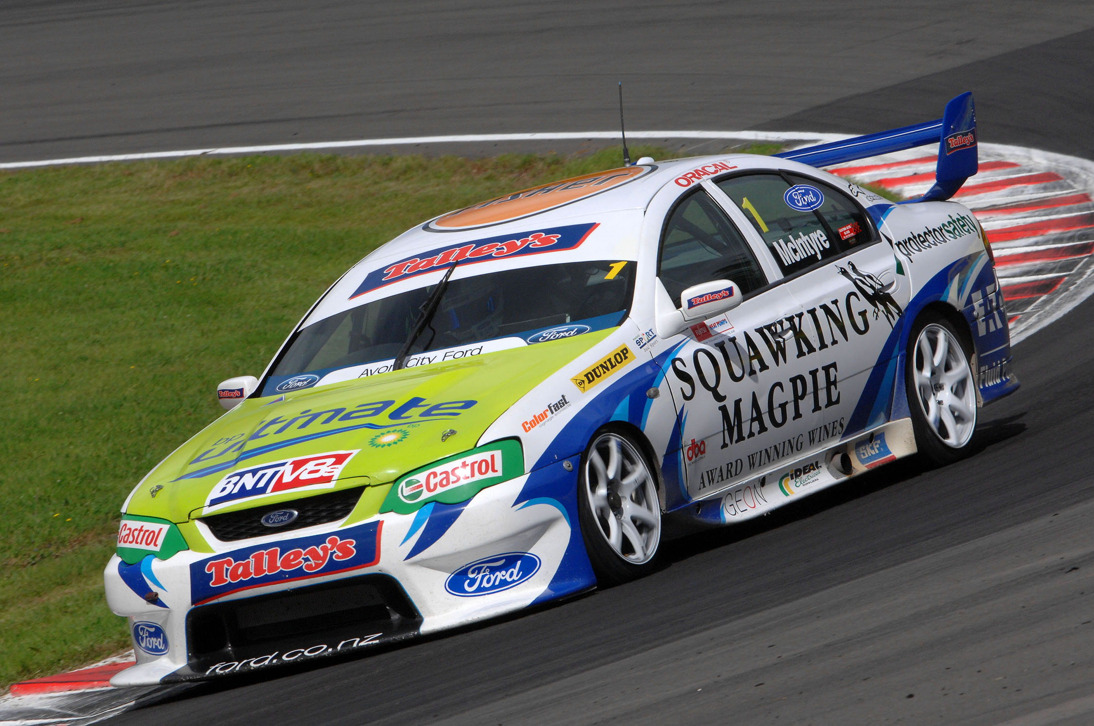 McIntyre scorches to top spot at Pukekohe
