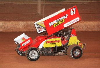Paul Morris will compete in the next two rounds of the World Series Sprintcar Championship at Toowoomba and Parramatta