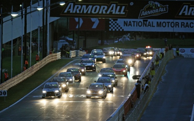 Bowe urges car companies to support 12 Hour
