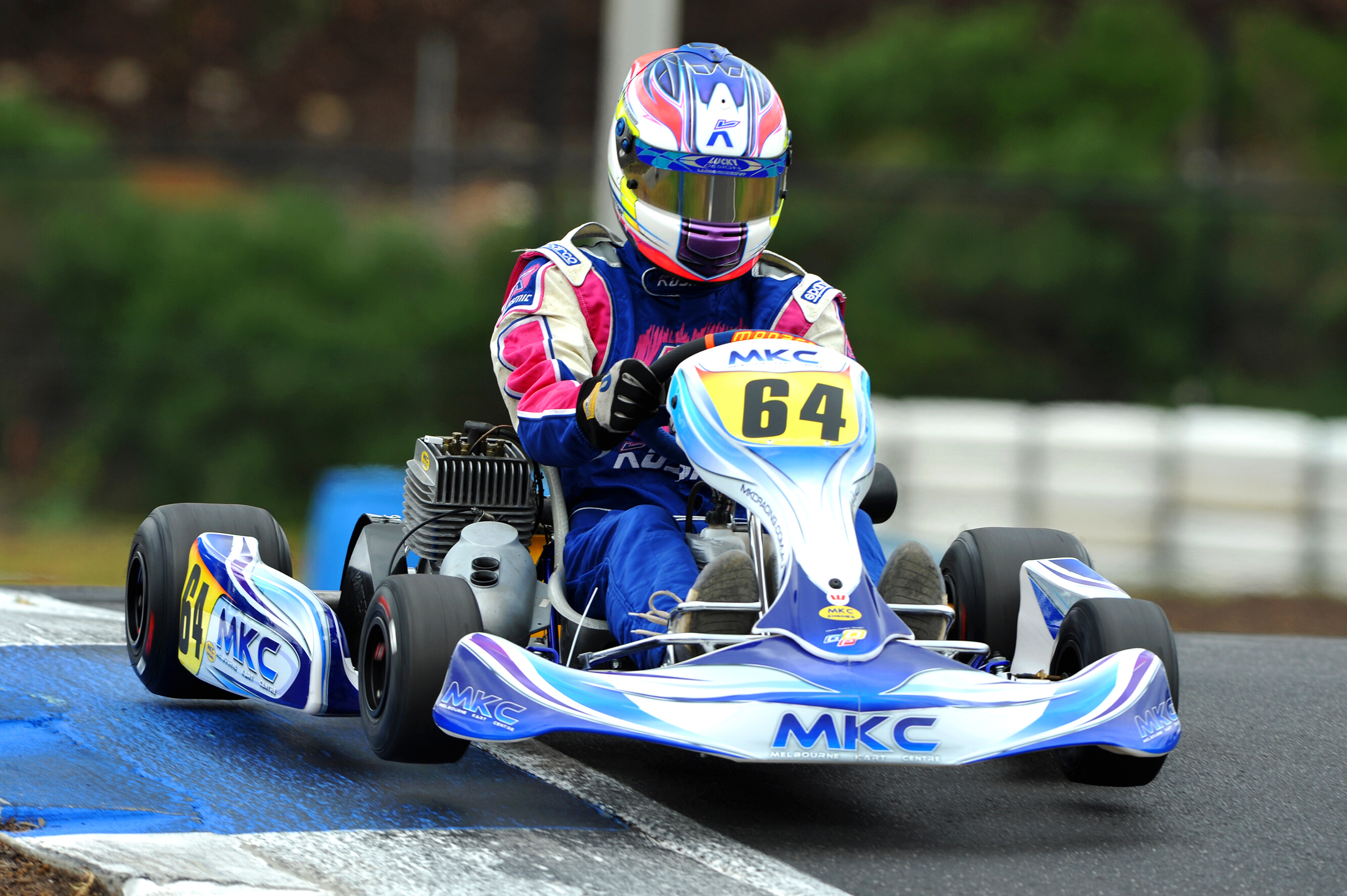 Hughes sets the pace in qualifying at Oakleigh