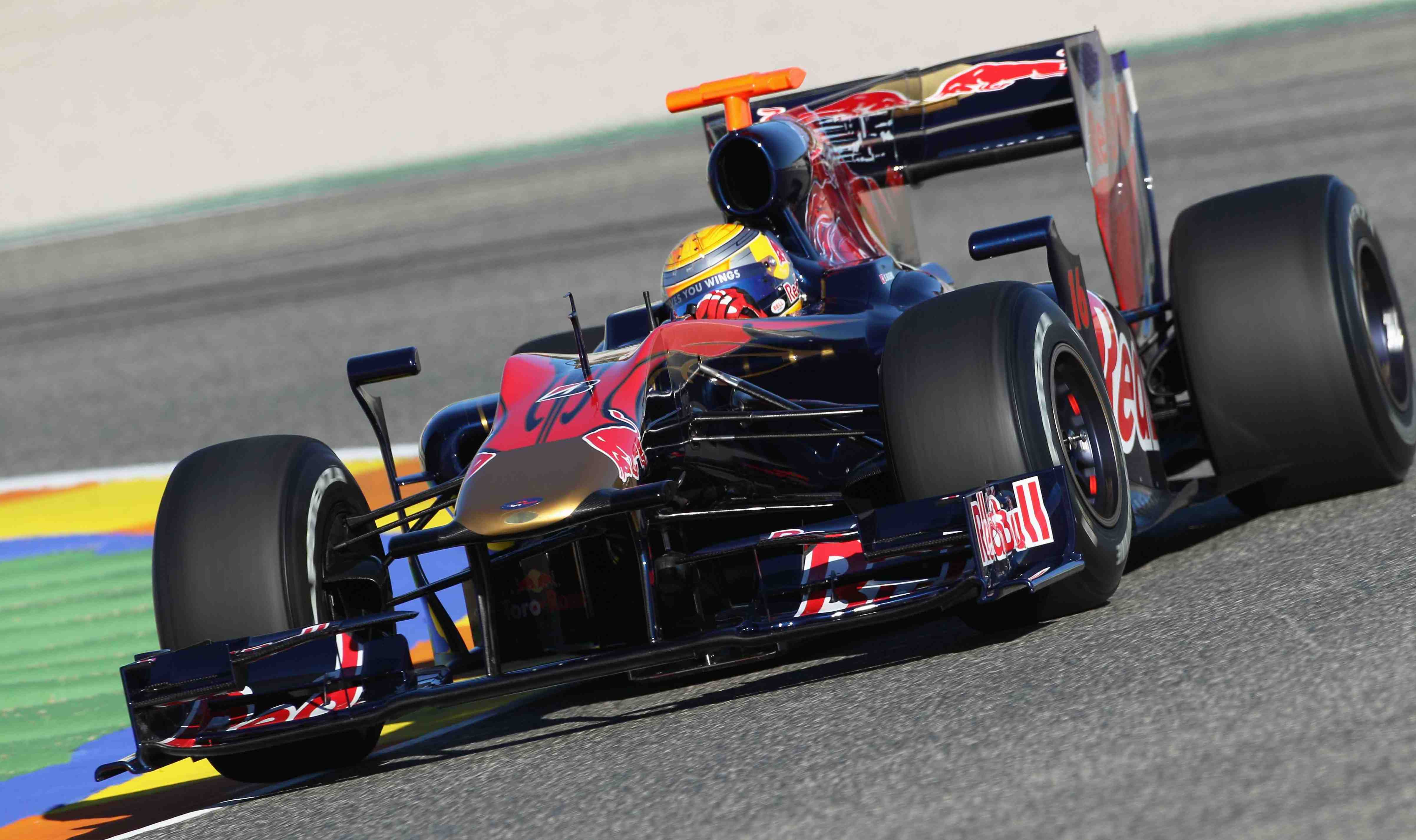 First genuine Toro Rosso breaks cover