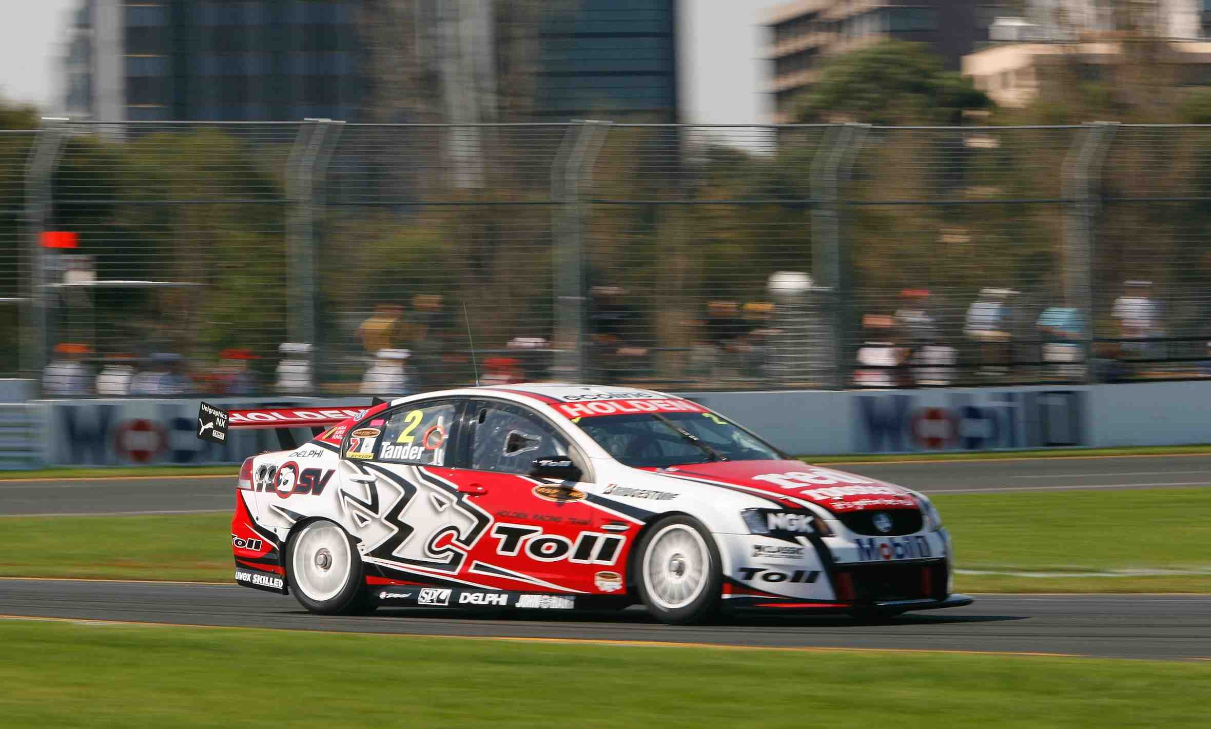 Tander takes pole for Race 1 at Albert Park