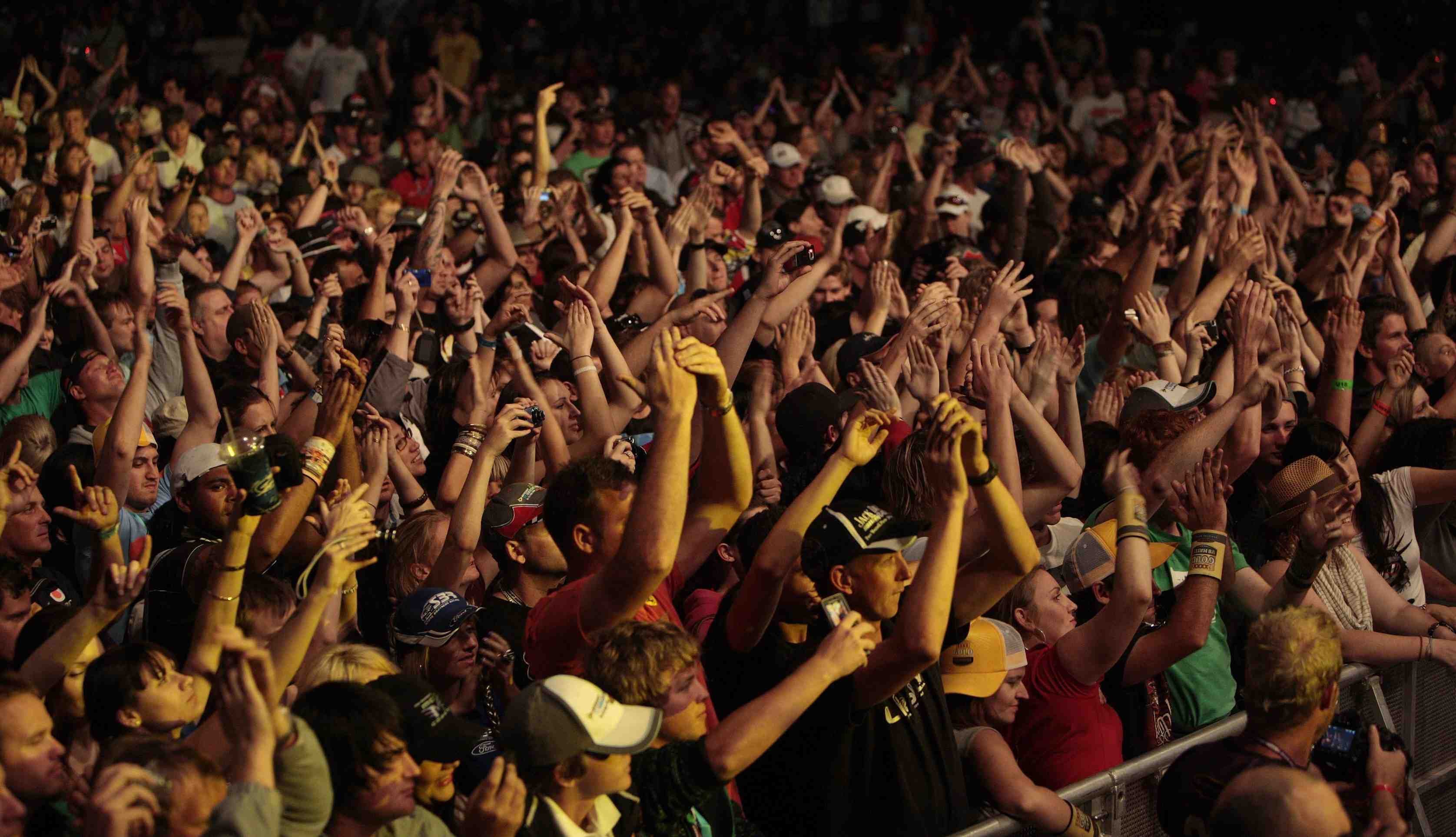 Race by day, Rock all night @ GC600