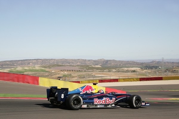 Ricciardo sets the pace in Renault 3.5