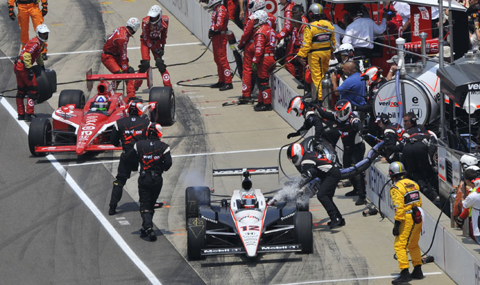 Power and Briscoe out of luck at Indy 500