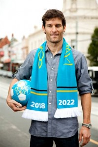 Mark Webber sports his support for Australia's bid to host the FIFA World Cup