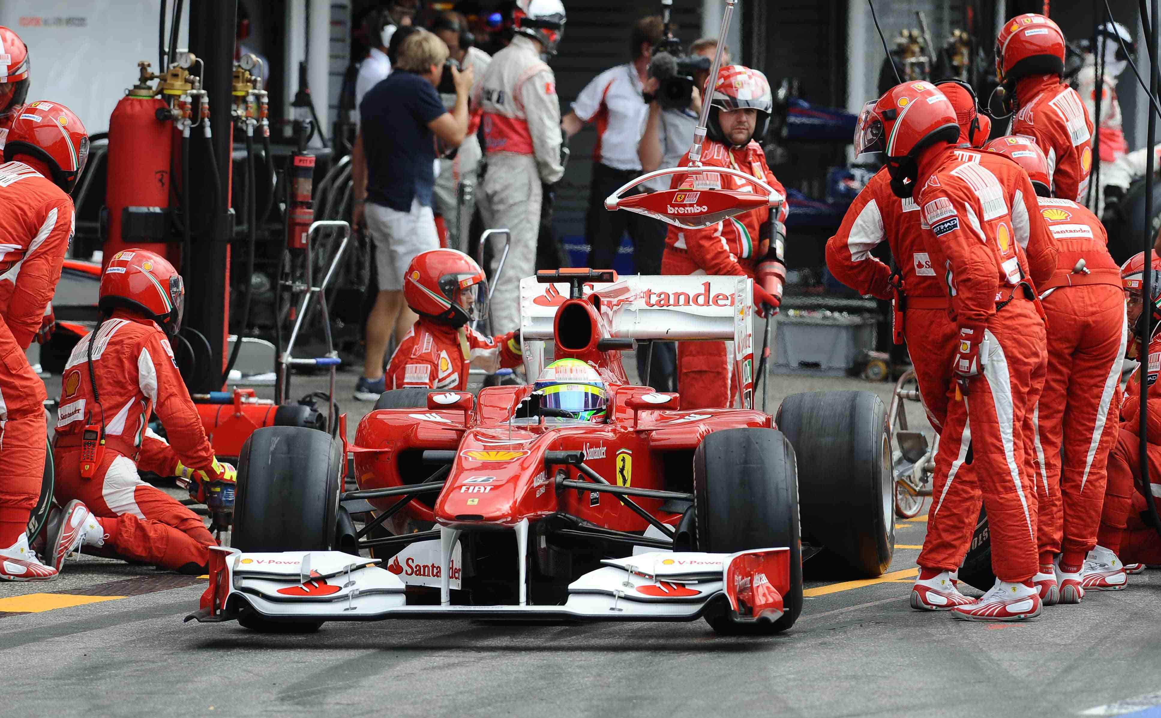 Felipe Massa aiming to win in Hungary