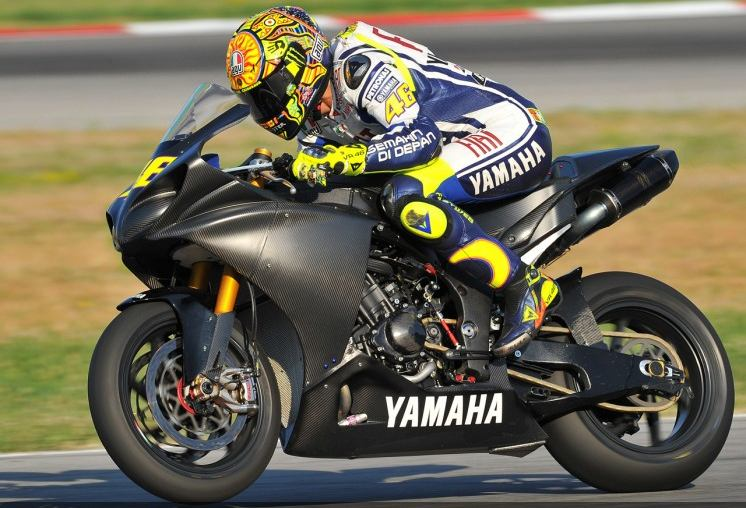 Rossi aims for Sachsenring after Superbike test
