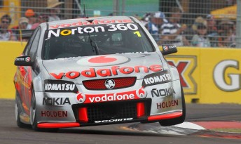 Jamie Whincup on his way to victory in Race 15