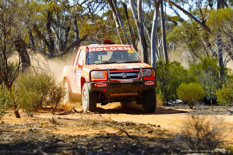 Lowndes in stunning form on the Safari