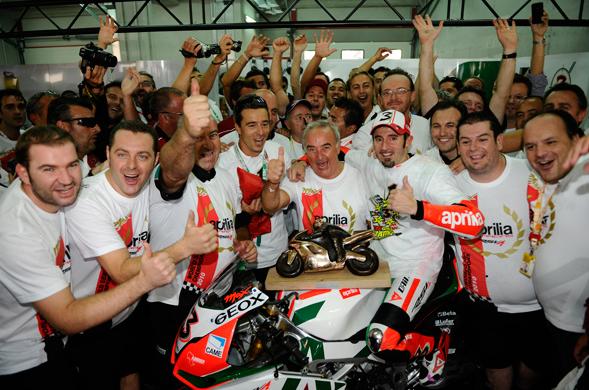 Biaggi wins World Superbike Championship