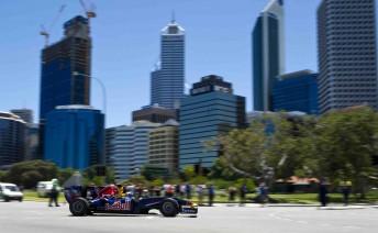 Daniel Ricciardo racing through the streets of Perth on the weekend