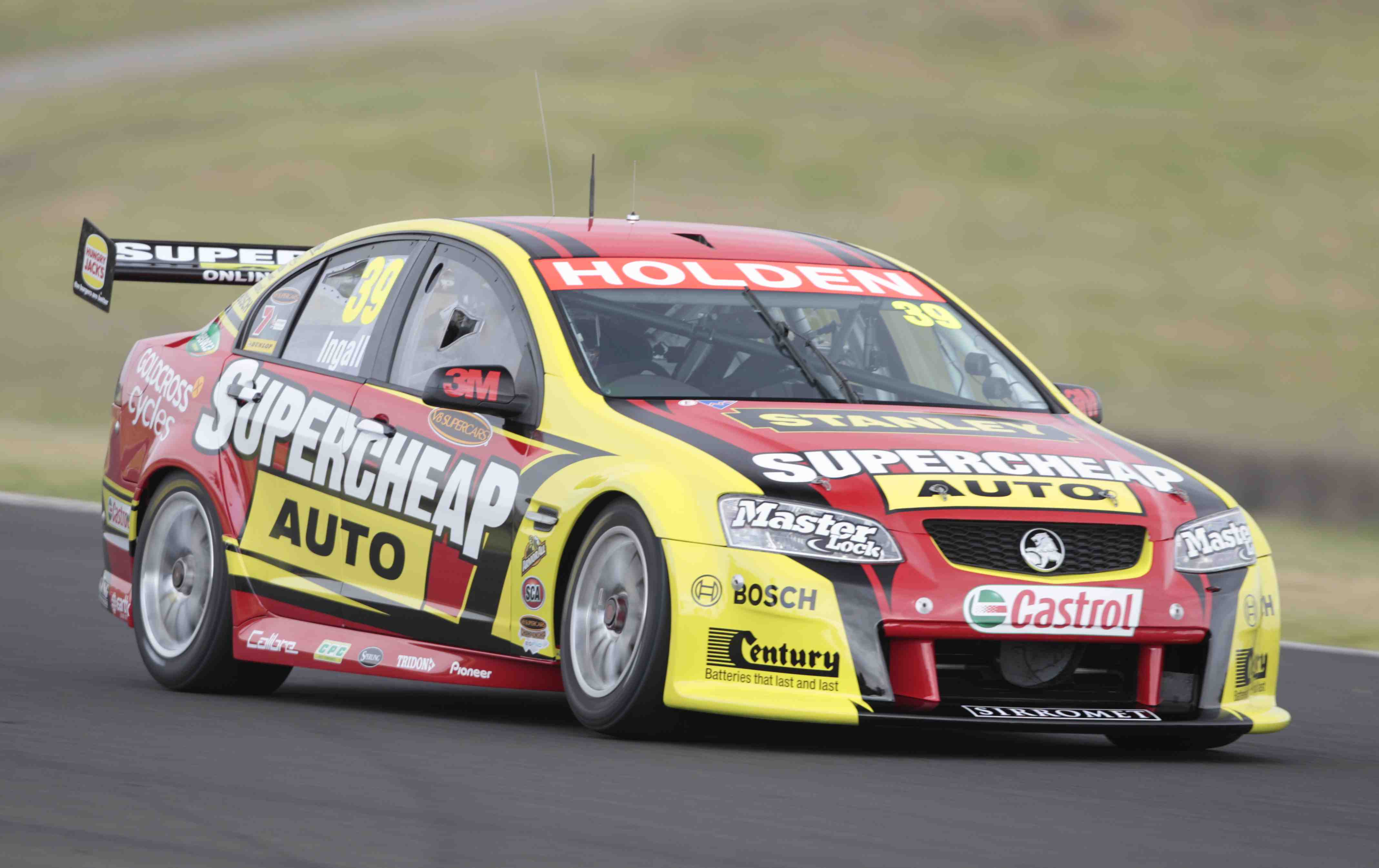 Perkins gets early testing laps ahead of enduros