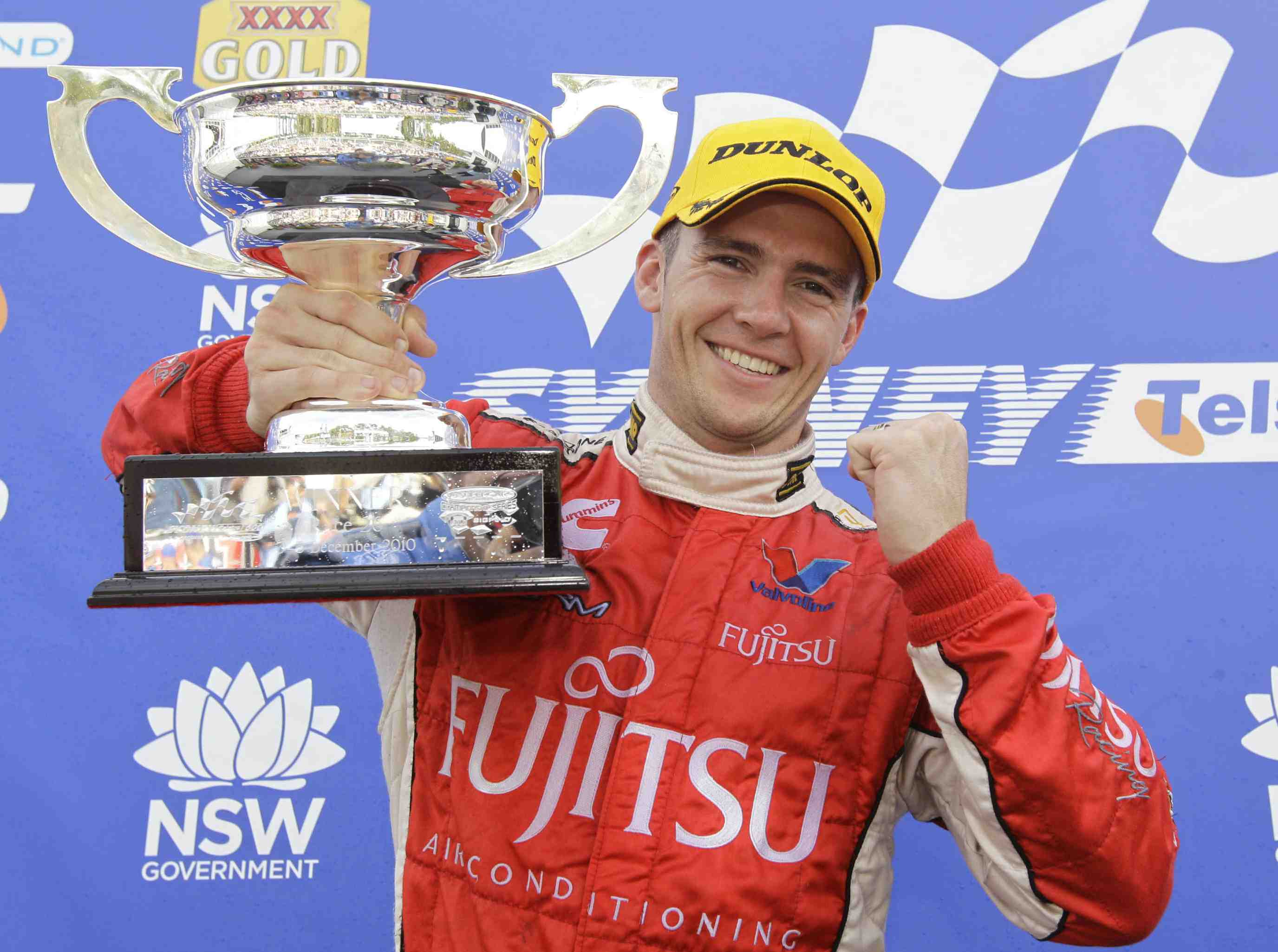 Holdsworth pins 2011 title hopes on solid test