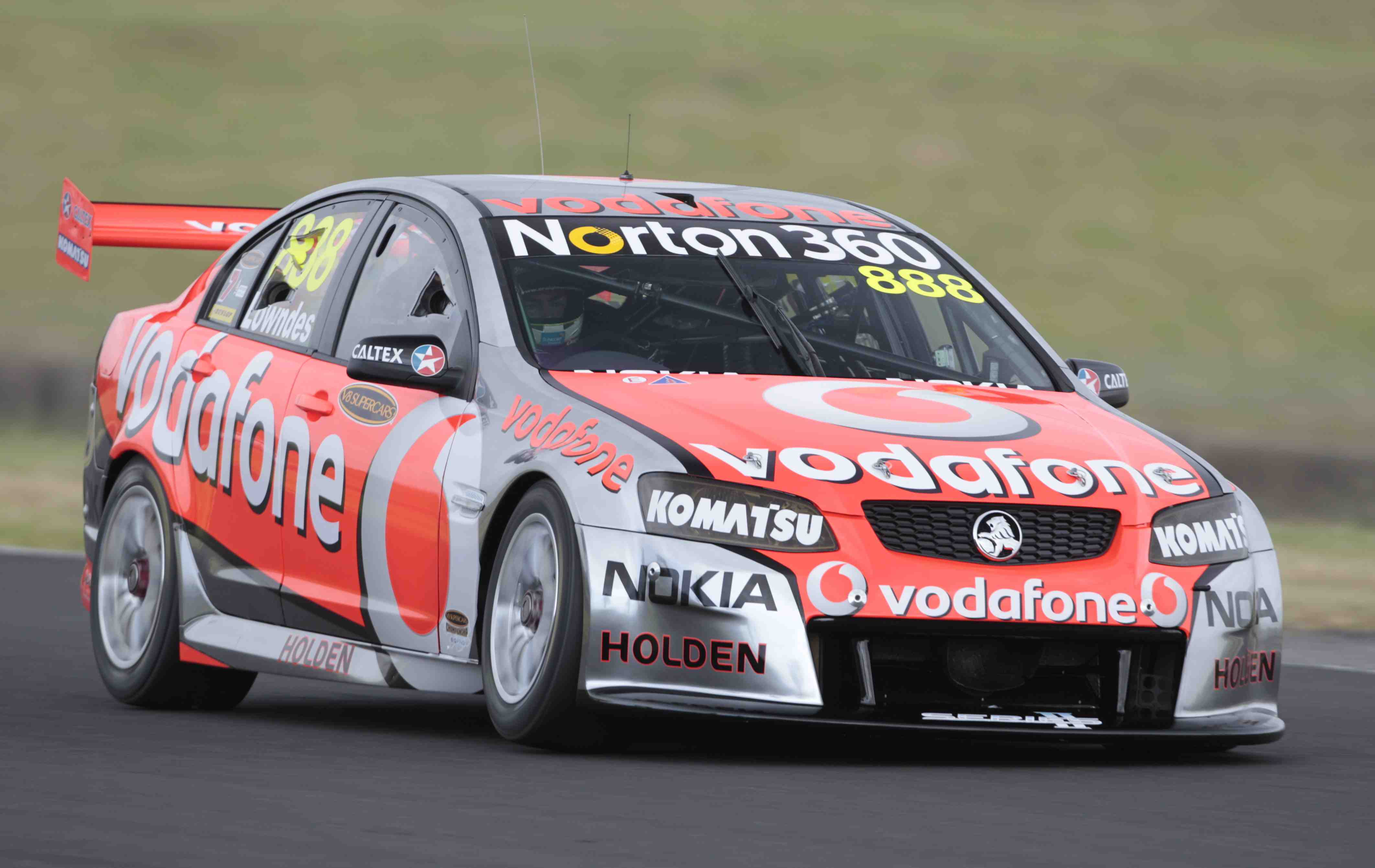 VIDEO: A lap of Eastern Creek with Lowndes