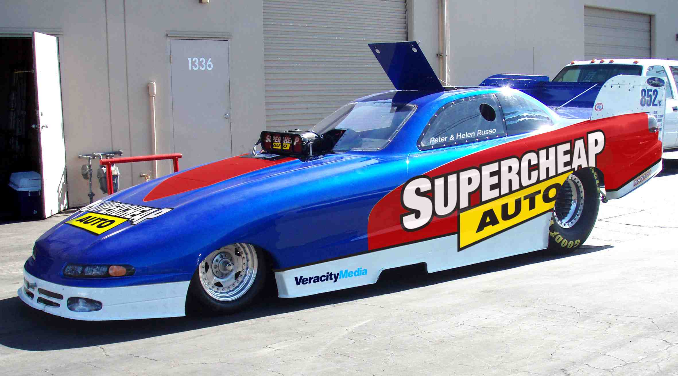 Russo waits to debut new Funny Car sponsor