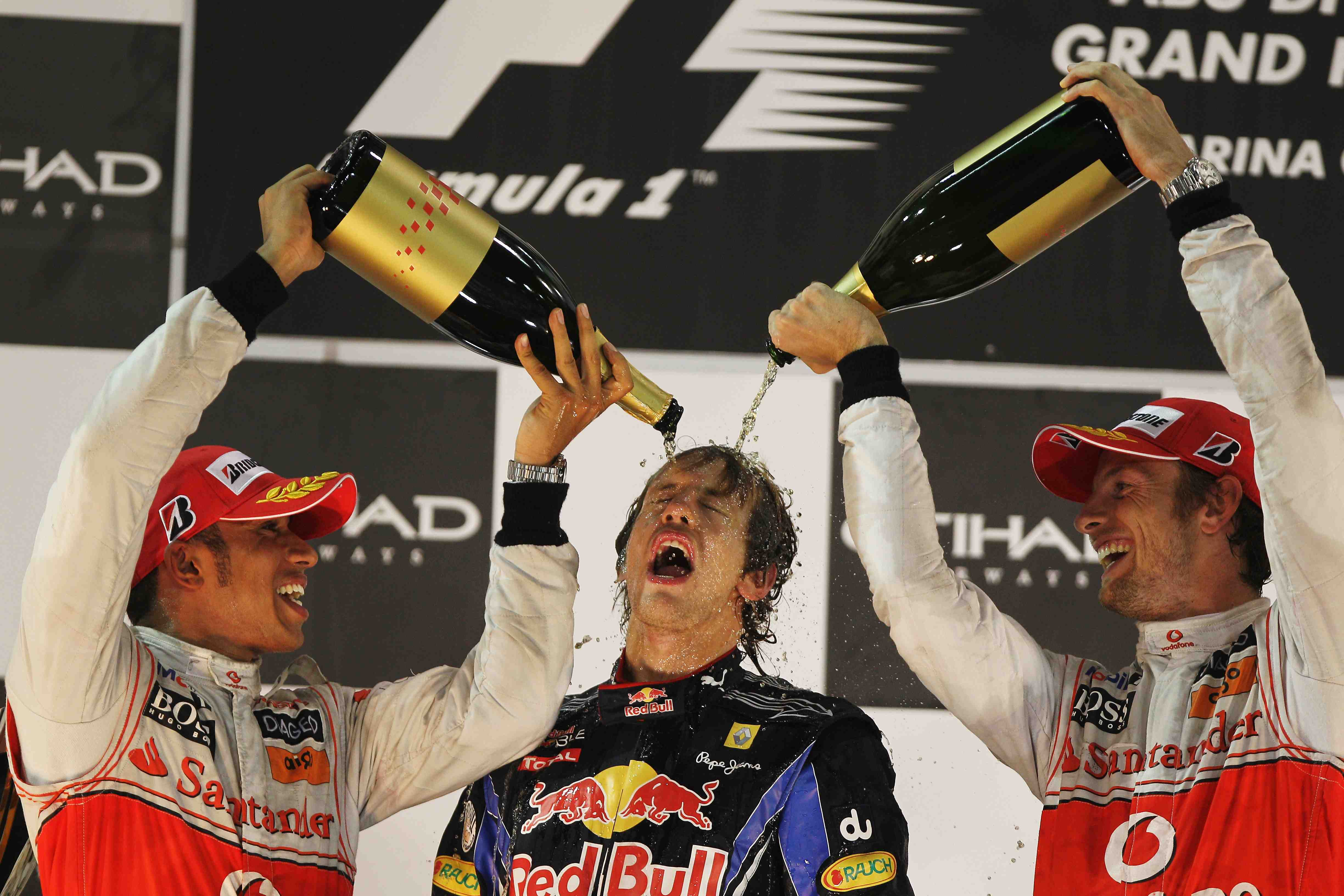 Vettel and Red Bull favourites for 2011