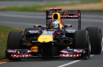 Sebastian Vettel dominates Australian GP