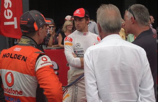 Craig Lowndes with Jenson Button, Button's father and TeamVodafone manager Adrian Burgess