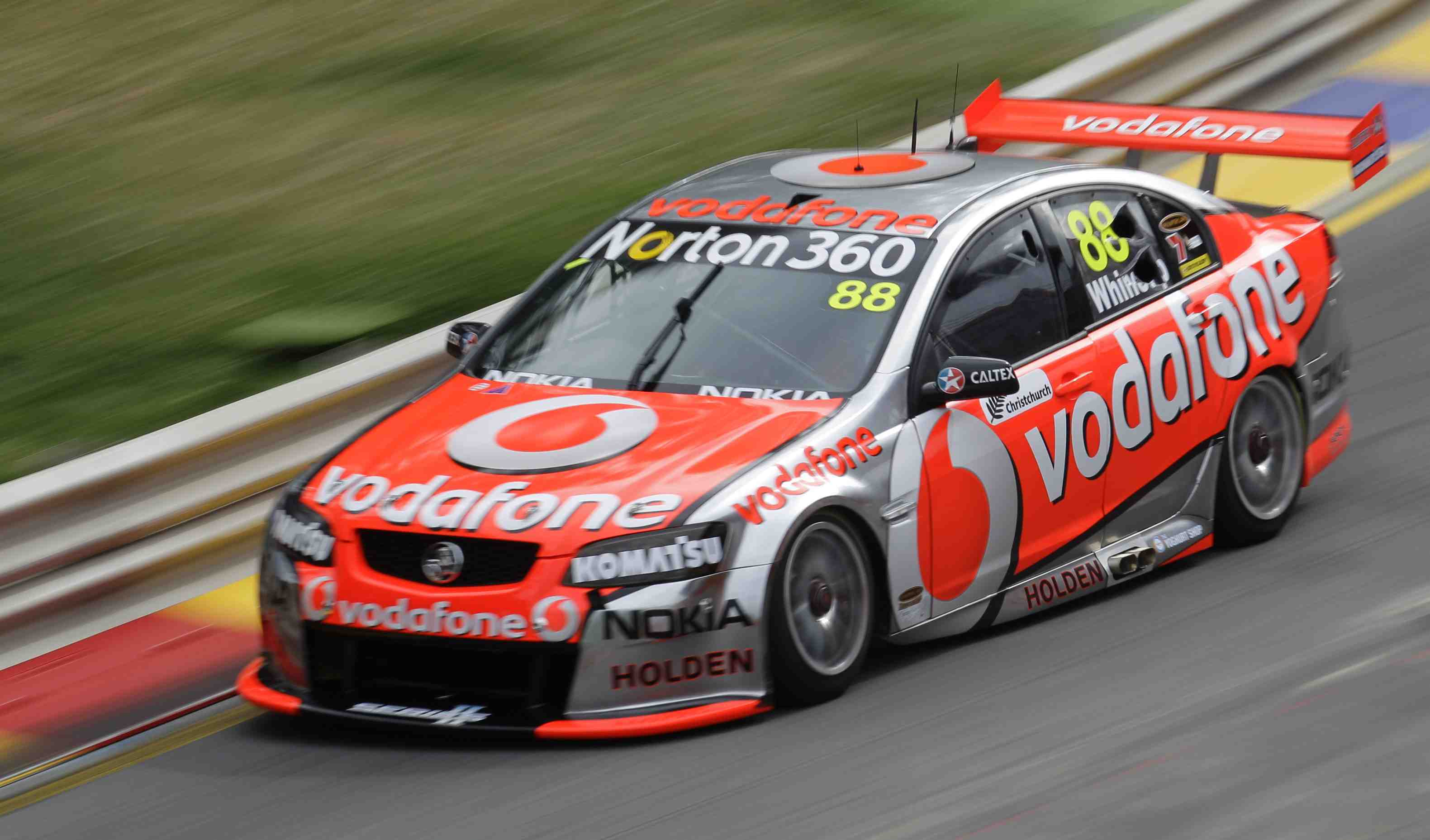 Jamie Whincup tops Clipsal 500 practice
