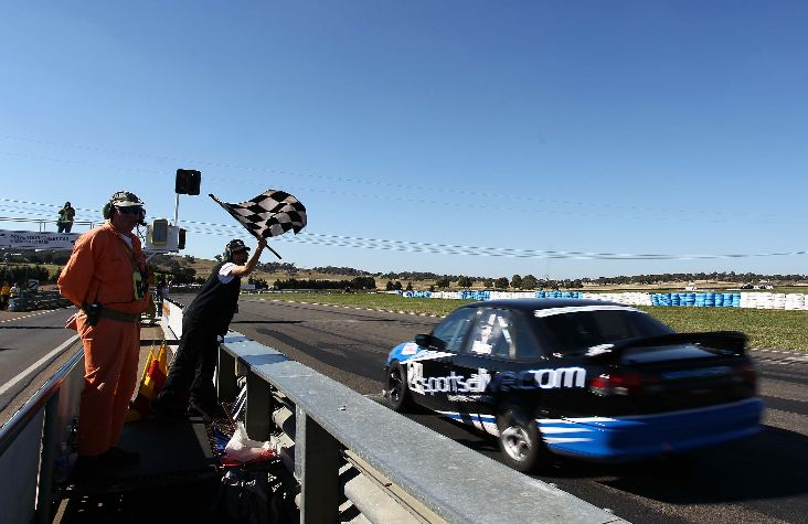 FV8 drivers show Commodore Cup class