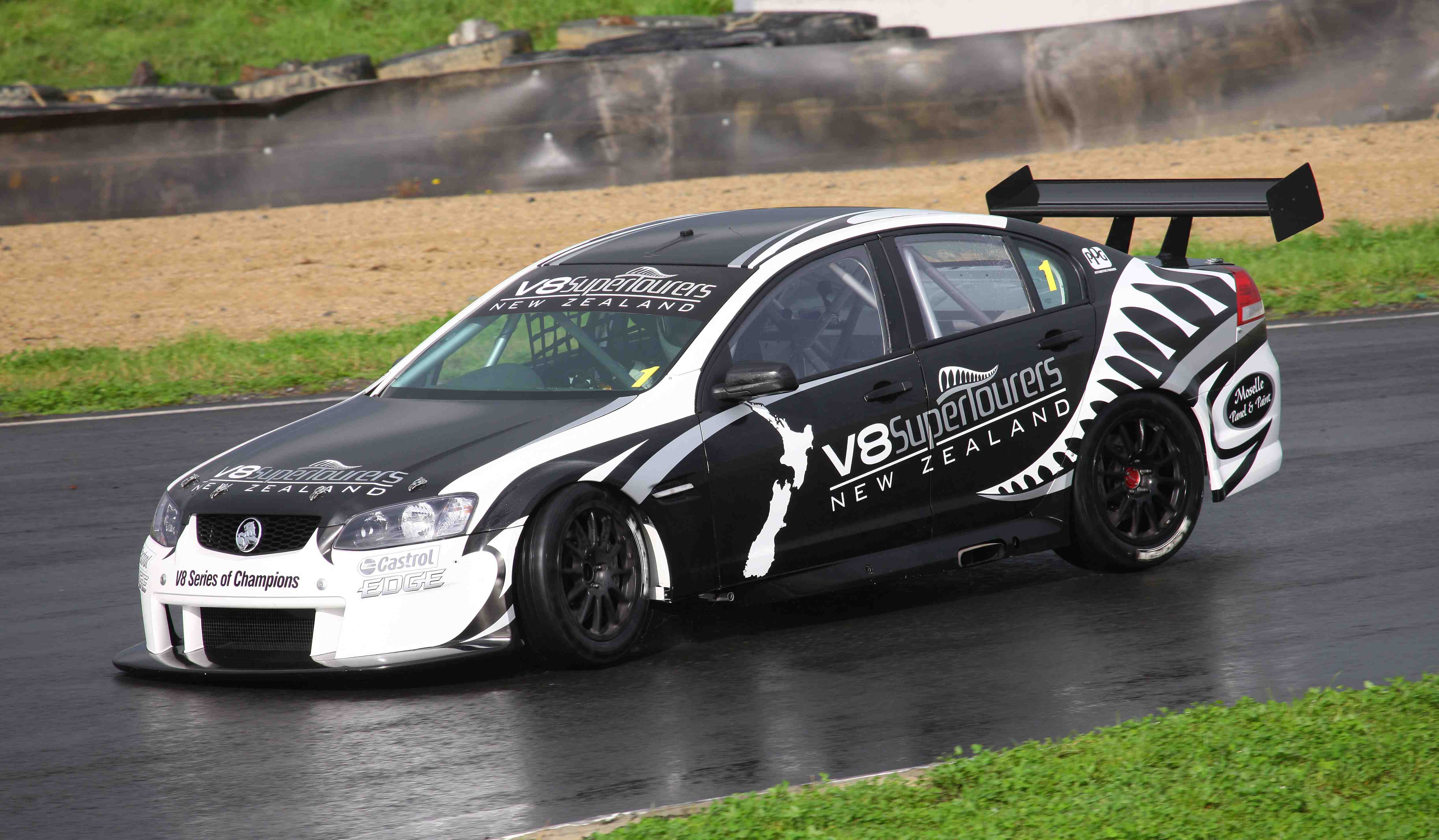 Murphy: New NZ V8 is just like a V8 Supercar