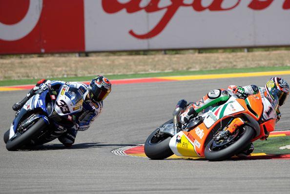 Biaggi turns up the heat at Aragon
