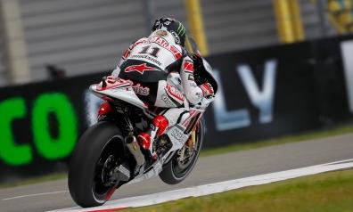 Ben Spies wins maiden MotoGP race