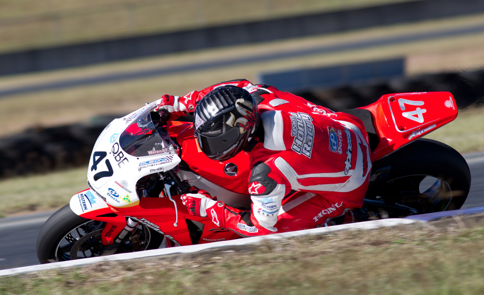 Three Aussies secure Suzuka 8 Hour rides
