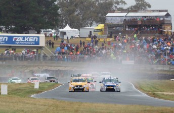 Symmons Plains could get two-year V8 lifeline