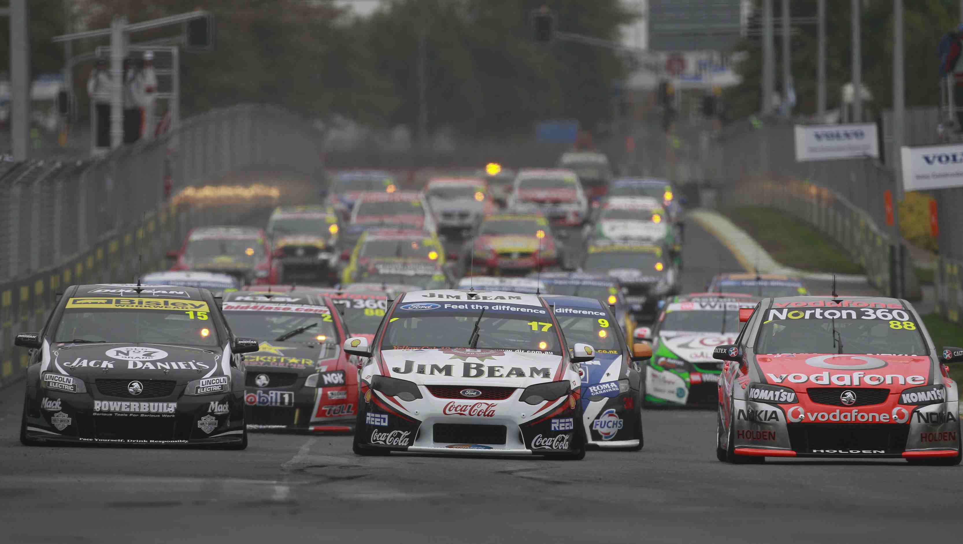 Minister: Overseas expansion a boost for V8s