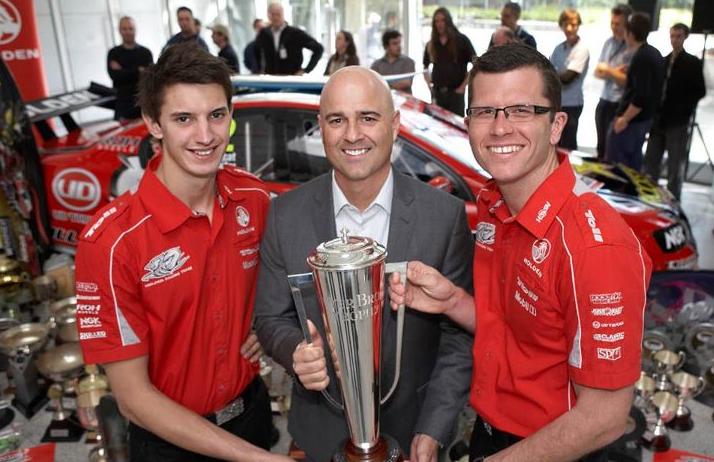 Bathurst winners present Brock Trophy to GM
