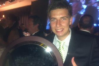 Chaz Mostert collects Mike Kable Young Gun