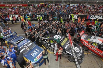 Full strength alcohol returns to Clipsal 500