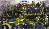 Matt Kenseth wins wild Daytona 500