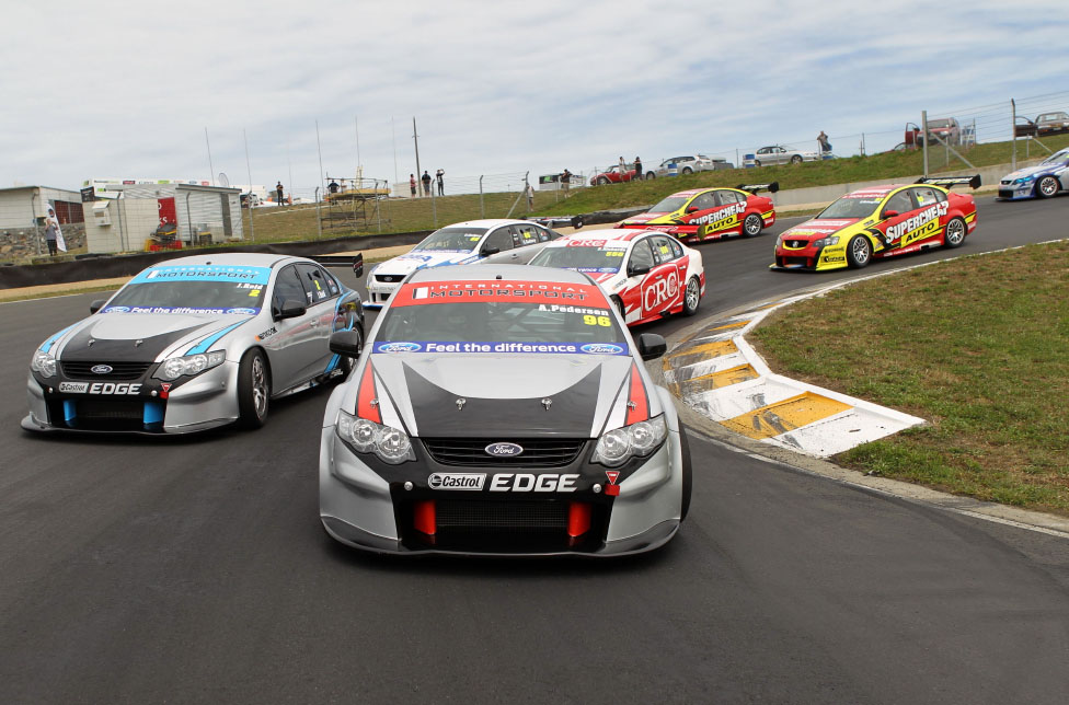 V8 SuperTourers complete first hit-out