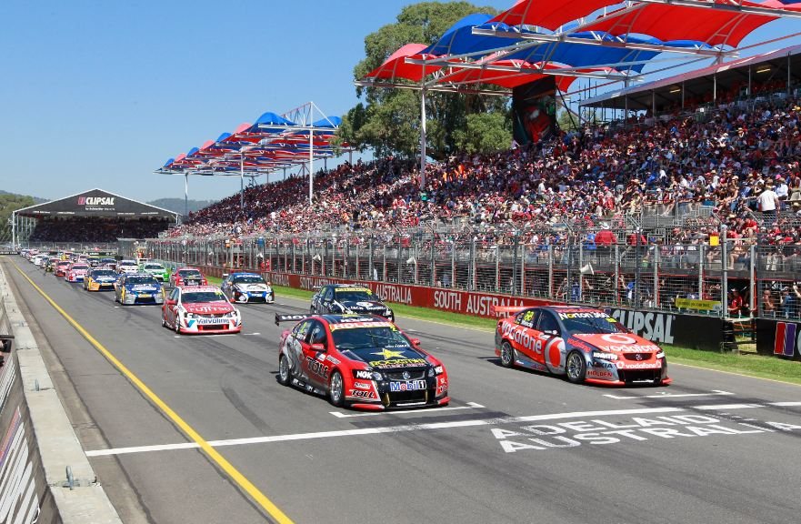 Nine and Ten look to V8 Supercars TV deal
