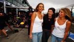 109105645KR007 Australian F 150x86 F1 Girls