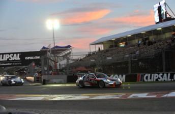 DavisonLeadsCarerra1Clipsal500 JohnMorris 344x224 Carrera Cup looks at introducing revised formats