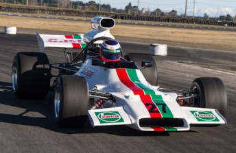 Team Castrol 3 344x224 Castrol backs F5000 entry with retro 70s livery