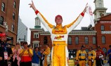 Ryan Hunter-Reay wins in Baltimore and forces title decider