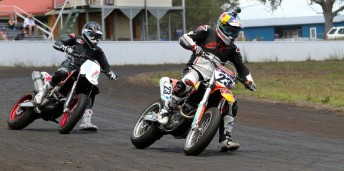 Bayliss Crump 344x171 Legends test ahead of Troy Bayliss Classic