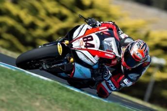 lr Michel Fabrizio APrilia PI WSBK 344x229 Fabrizio continues to hold ascendancy at Phillip Island World Superbikes