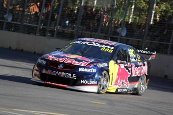 Lowndes 344x229 Lowndes edges Van Gisbergen to provisional Adelaide pole
