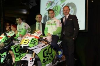 Bryan Staring (left) with Fausto Gresini, Alvaro Bautista and Bruno Bollini (GO&FUN)