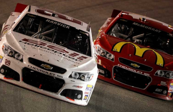 Kevin Harvick snatches thrilling Richmond victory