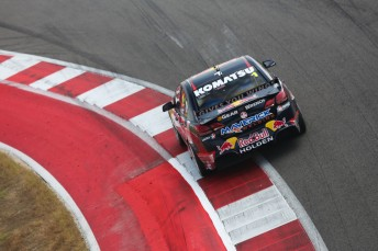 Jamie Whincup again showed the way in Austin