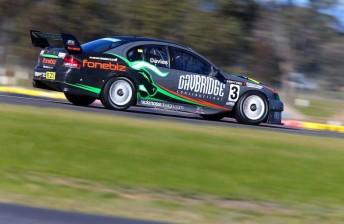 Davies extends Kumho lead with Race 1 win
