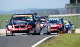 Murphy/Perkins prevail in Race 1 at Hampton Downs