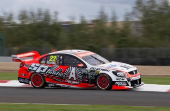 Courtney and McLaughlin share Saturday poles